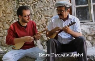 Öğretmen Emre Dayıoğlu, Anadolu'nun müzik kültürünü dünyaya tanıtıyor