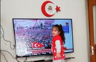 Erdoğan, takipçisinin 'torunumun reis sevgisi' videosunu paylaştı
