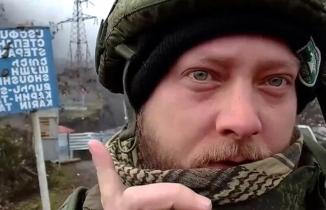 Şuşa'da dalgalanan Türk bayrağını gören Rus gazeteci şaşkına döndü